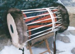 Dvouhlavý basový buben 3